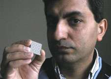 Northeastern Researchers to Develop Tiny Antennas with Big Potential