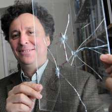 Physicists unlock the mysteries of crack formation