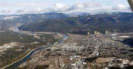 Scientists seek former students in toxic MT town (AP)