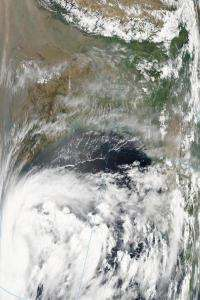 Aqua satellite sees Tropical Storm 1B form in Bay of Bengal
