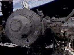 Space station gets room, huge window to see Earth (AP)