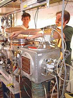 Physicists Measure Tiny Force That Limits How Far Machines Can Shrink