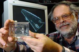 Traveling space particles reveal secrets of comets