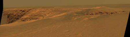 Mars Rover and Orbiter Team Examines Victoria Crater