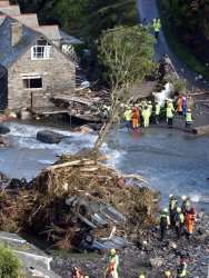 Scientists work on mathematical model that adds up to better flood prevention