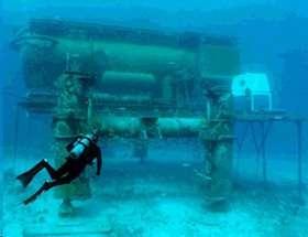 NASA Prepares for Space Exploration in Undersea Lab