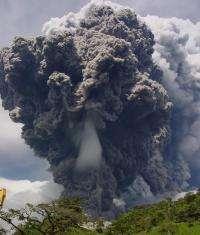 Plume of Volcán Reventador