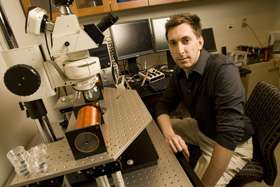 Magnetism shepherds microlenses to excavate 'nanocavities'