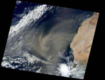 Study: Dust may dampen hurricane fury