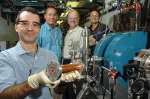 Argonne physicists create landmark accelerator gradient