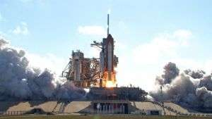 Shuttle Discovery Launches With Japanese Laboratory