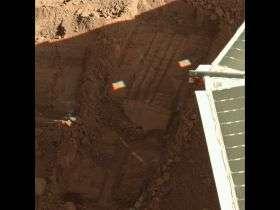 Next Mars Soil Scoop Slated for Last of Lander's Wet Lab Cells