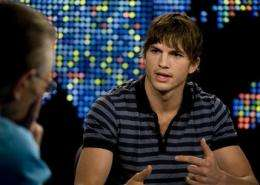Ashton Kutcher wins Twitter battle with CNN (AP)