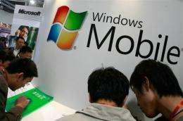 US software giant Microsoft is reportedly  in talks with Verizon Wireless to launch a touch-screen cellphone