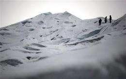 Argentine glacier advances despite global warming (AP)