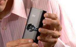 Handheld 3M digital projector offers glimpse of the future