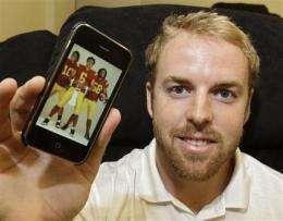 Jordan Palmer helping players develop iPhone apps (AP)