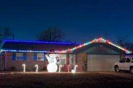 Many take dim view of new-fangled Christmas lights (AP)