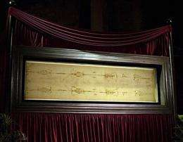 Researcher: Faint writing seen on Shroud of Turin (Update)