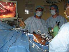 Surgeons Use Microwave Technology to Destroy Tumors