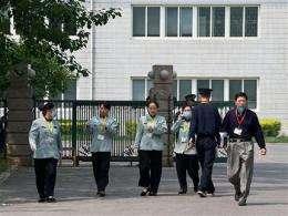 UN says no plans for highest pandemic level yet (AP)