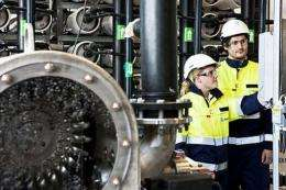 Workers at the Statkraft Osmotic power plant prototype in Tofte