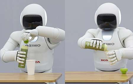 Honda shows smarter robot, helps in nuclear crisis