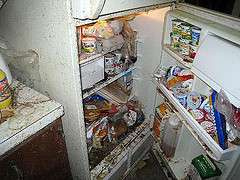 Be cautious with food after floods, expert advises