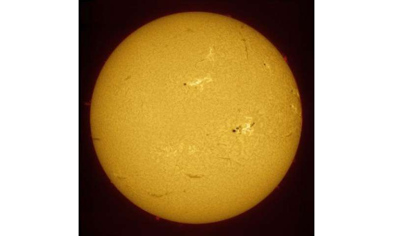 Giant sunspot turns to face the Earth