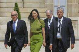 Internet rules at center of 'e-G8' forum in Paris (AP)
