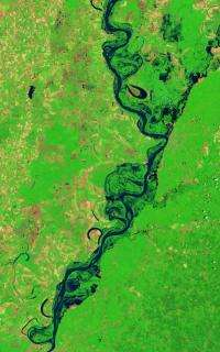 Landsat 5 satellite sees Mississippi River floodwaters lingering