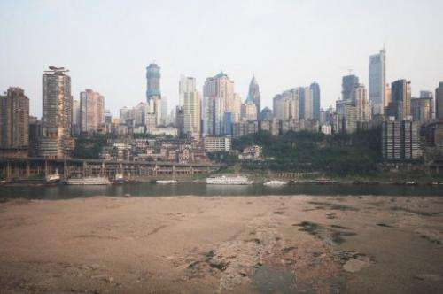 More than 4.23 million people along China's Yangtze river are having difficulty finding adequate drinking supplies
