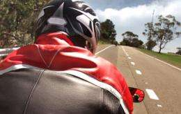 Motorcycle crashes could influence helmet laws, study finds