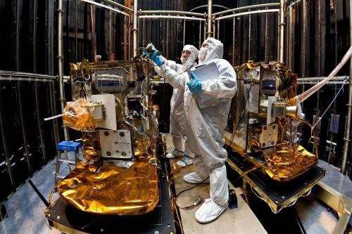 NASA's two lunar-Bound spacecraft, vacuum-packed