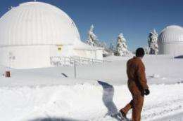 Protecting UA telescopes during the winter cold