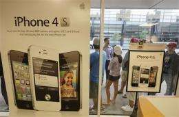 Review: Why I bought an iPhone 4S (AP)
