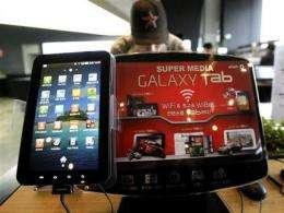Samsung files lawsuits against Apple (AP)