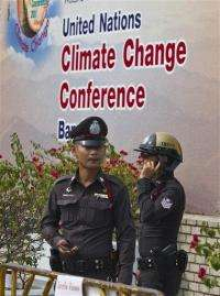 World stumbles toward climate summit (AP)