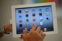 Yap.TV software for Apple iPad, iPhone, and iPod touch devices lets peope engage in real time on Twitter, Facebook