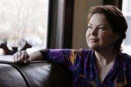 Kidney transplant patients seek life without drugs (AP)