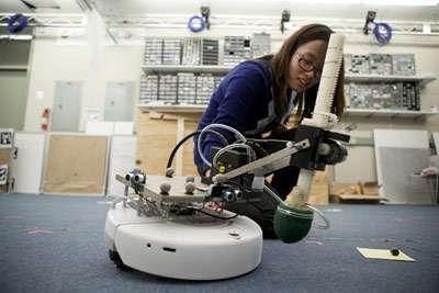 Students demo autonomous robotic systems