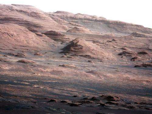 Curiosity rover returns voice and telephoto views from Mars
