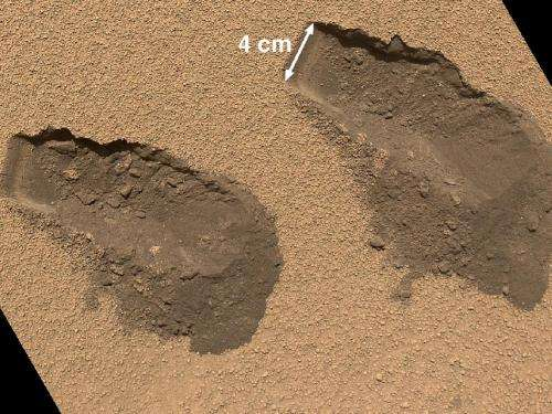 Mars rover Curiosity: No surprise in 1st soil test