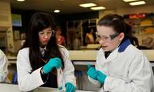 Science career 'not for me' say many 10 year olds