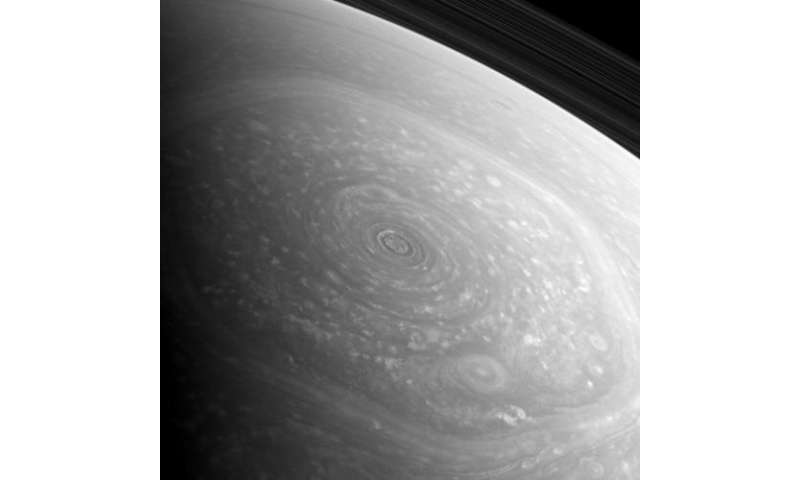 Incredible raw image of Saturn's swirling north pole