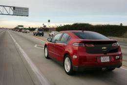 2013 Chevrolet Volt boosts EV range to 38 miles