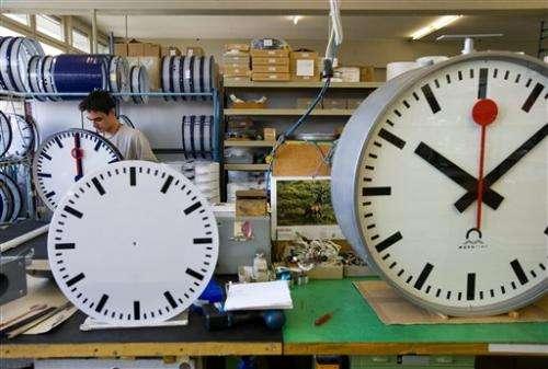 Swiss rail claims Apple copied its iconic clocks