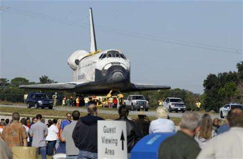 Final 10-mile trek for space shuttle Atlantis
