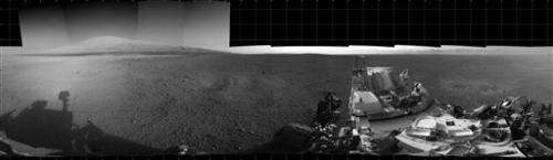 Mars rover Curiosity makes first test drive