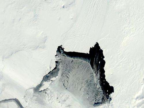 Antarctic rift subject of international attention